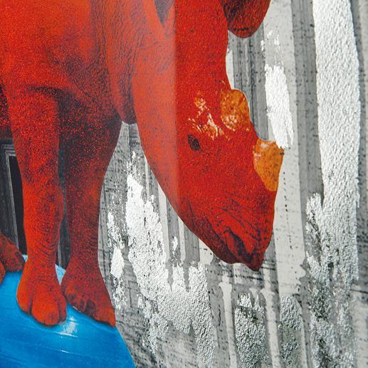 Der Künstler koloriert jedes Werk von Hand und macht es so zu einem Unikat.