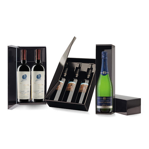 1er-, 2er- oder 3er-Lackkarton Weine des Pro Idee Weinkellers stilvoll verschenken - im eleganten Lackkarton.