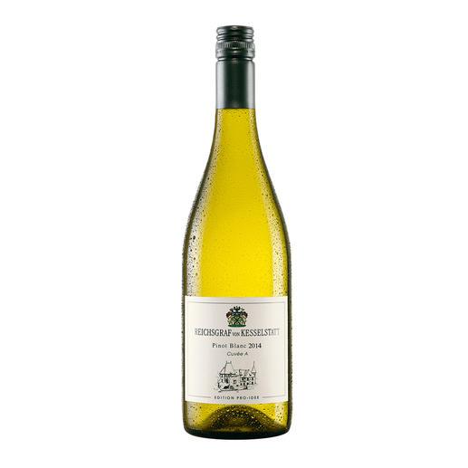 Pinot Blanc QbA 2014, Reichsgraf von Kesselstatt, Mosel-Saar-Ruwer, Deutschland, EDITION PRO-IDEE - Sie macht Weine mit 94 Parker-Punkten. Doch ihr Pinot Blanc von der Mosel ist die wahre Überraschung.