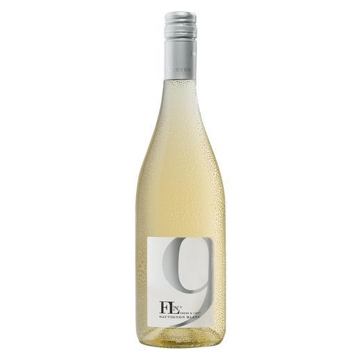FL N°9 Sauvignon Blanc 2017, Francois Lurton, Côtes de Gascogne, Frankreich Erst hielten sie ihn für übergeschnappt. Jetzt sind sie froh seinen Wein trinken zu dürfen.