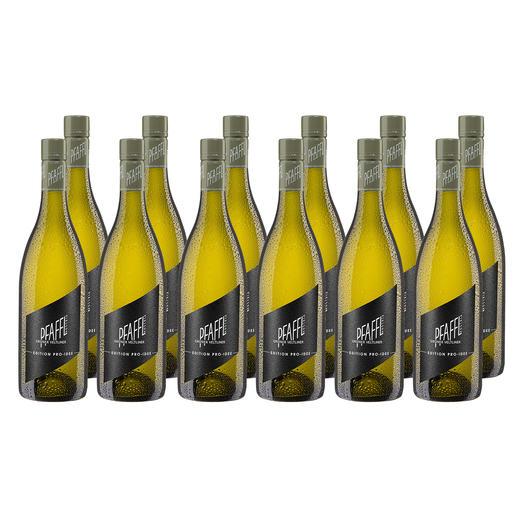 Grüner Veltliner EDITION PRO-IDEE, 11 Flaschen à 0,75l + 1 Flasche ohne Berechnung Seine Grünen Veltliner begeistern die Fachpresse. Hier ist der neuste Coup von Roman Pfaffl jr.