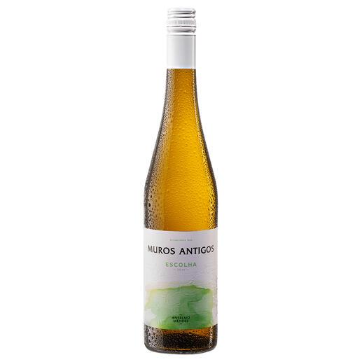 Muros Vinho Verde 2019, Anselmo Mendes, Vinho Verde DOC, Portugal Vinho Verde at its best: 90 Punkte von Robert Parker. (TheWineAdvocate, 21.Mai2020)